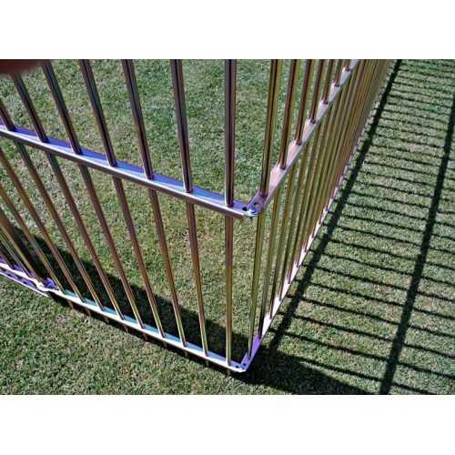 recinzione in metallo dettaglio montaggio
